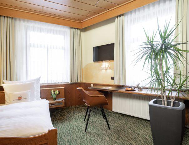 hotel_restaurant_hasen_kornwestheim_zimmer_MG_8251